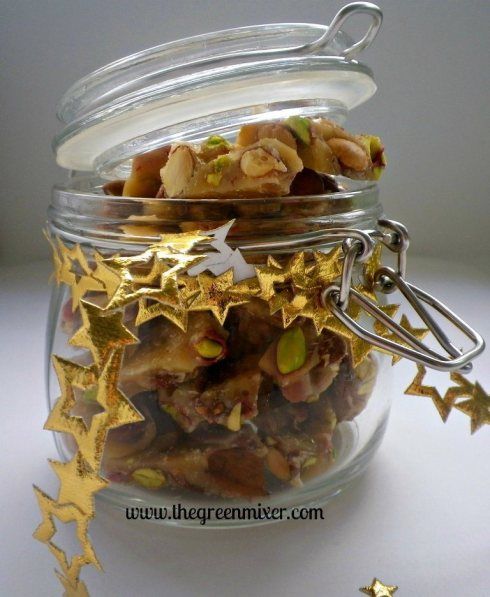 almond pistachio brittle2
