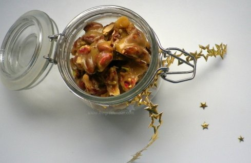 almond pistachio brittle5