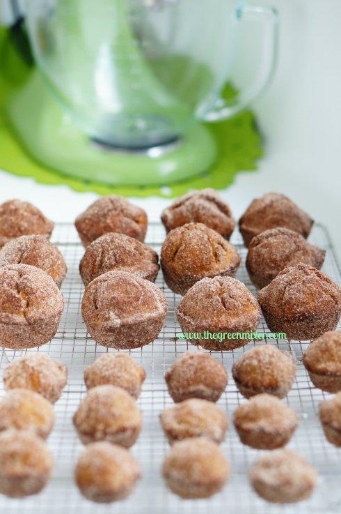 pumpkin doughnut muffins10_mini