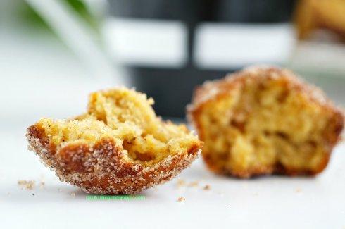 pumpkin doughnut muffins12_mini