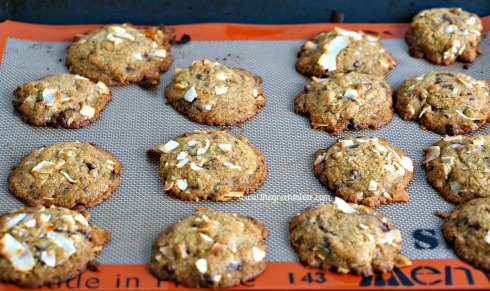 whole wheat choc coconut cookies3