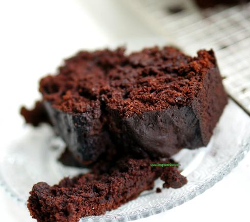 double chocolate banana bread 5_mini