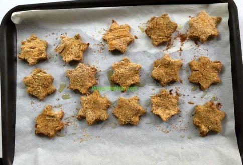 chicken vegie nuggets in sheet pan baked