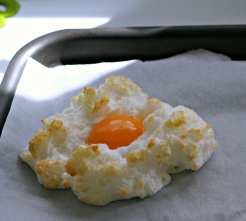 egg in a cloud 3