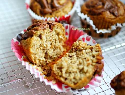 nutella swirl banana muffins 2