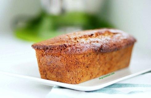 Κέικ με χουρμάδες και μπαχαρικά