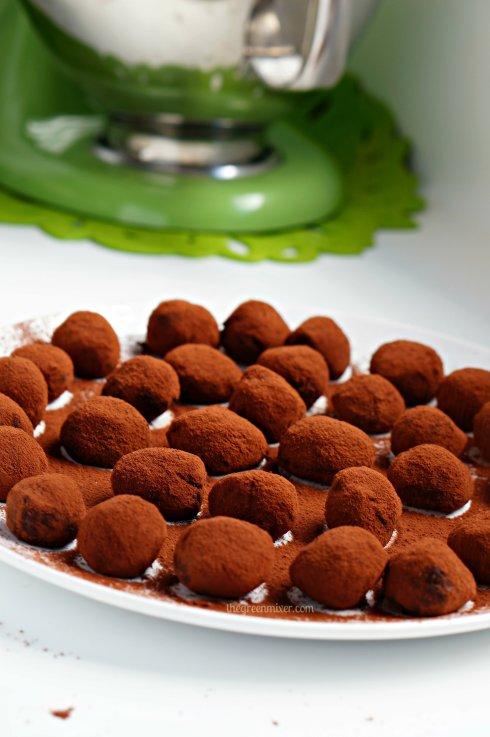 τρουφακια με σοκολατα γαλακτος