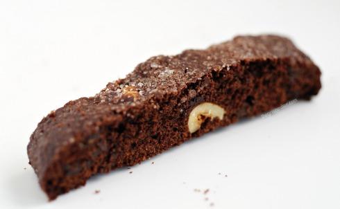 Σοκολατένια Biscotti με φουντούκια